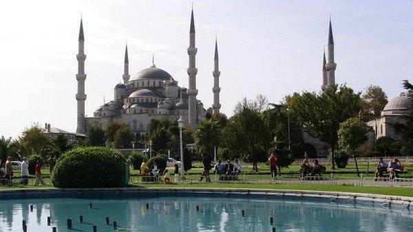 blue-mosque-600x337