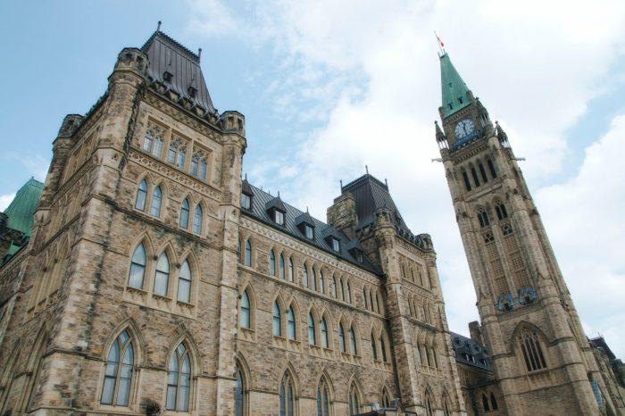 Nouveau sondage révèle que les Canadien-ne-s souhaitent que le premier ministre Justin Trudeau tienne ses promesses en matière de climat au cours des 100 premiers jours de son mandat